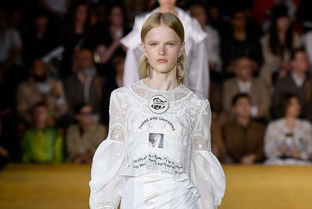 Burberry | Spring/Summer 2020 Catwalk Show | London Fashion Week SS20
