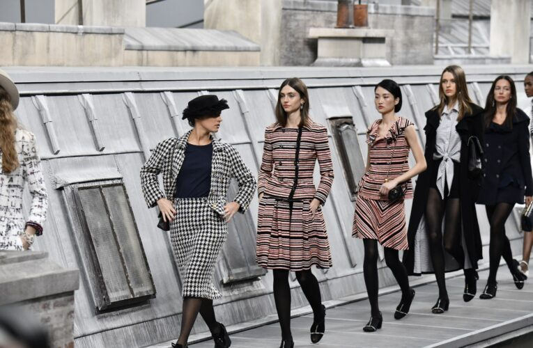 Woman Pretends to Be Model at Chanel Fashion Show