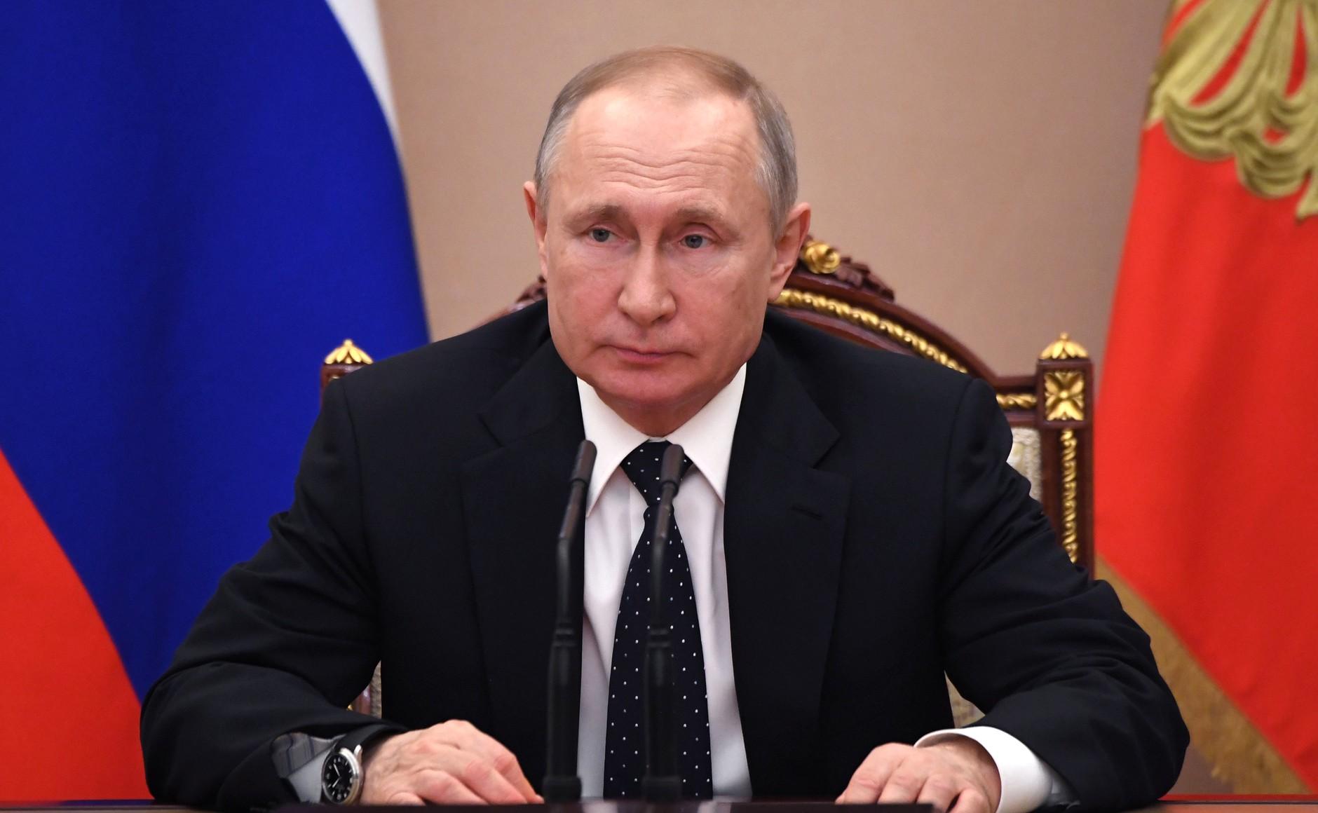 Путин выступит с обращением к россиянам из-за ситуации с коронавирусом