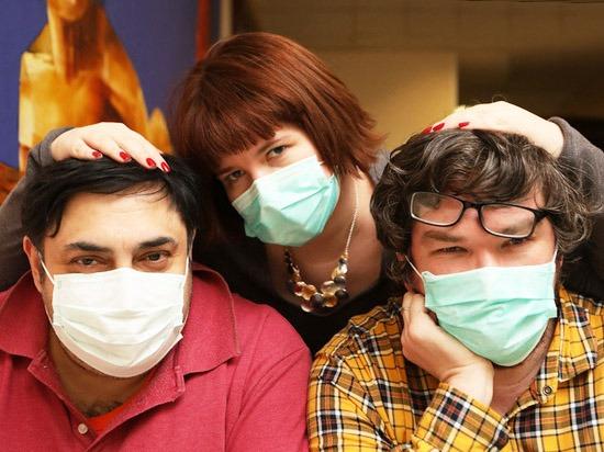 Медицинская маска своими руками.