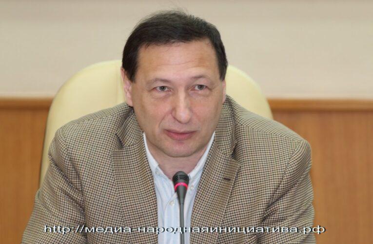 """Социолог Борис Кагарлицкий: """"гаражная"""" экономика возвращается"""