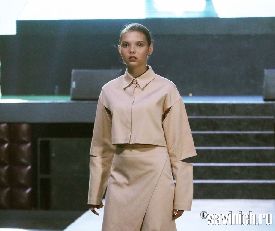 Валерия Саад показ на МКММ COUTURE FASHION SHOW