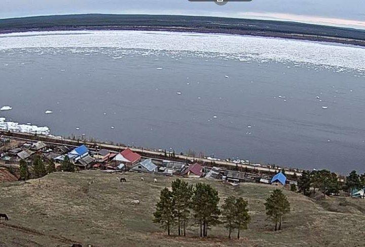 Ледоход онлайн: в Якутии 11 камер транслируют паводок