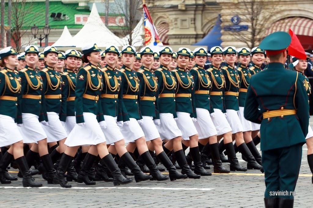 Парад Победы 2021. Военнослужащие женского полка Сухопутных войск