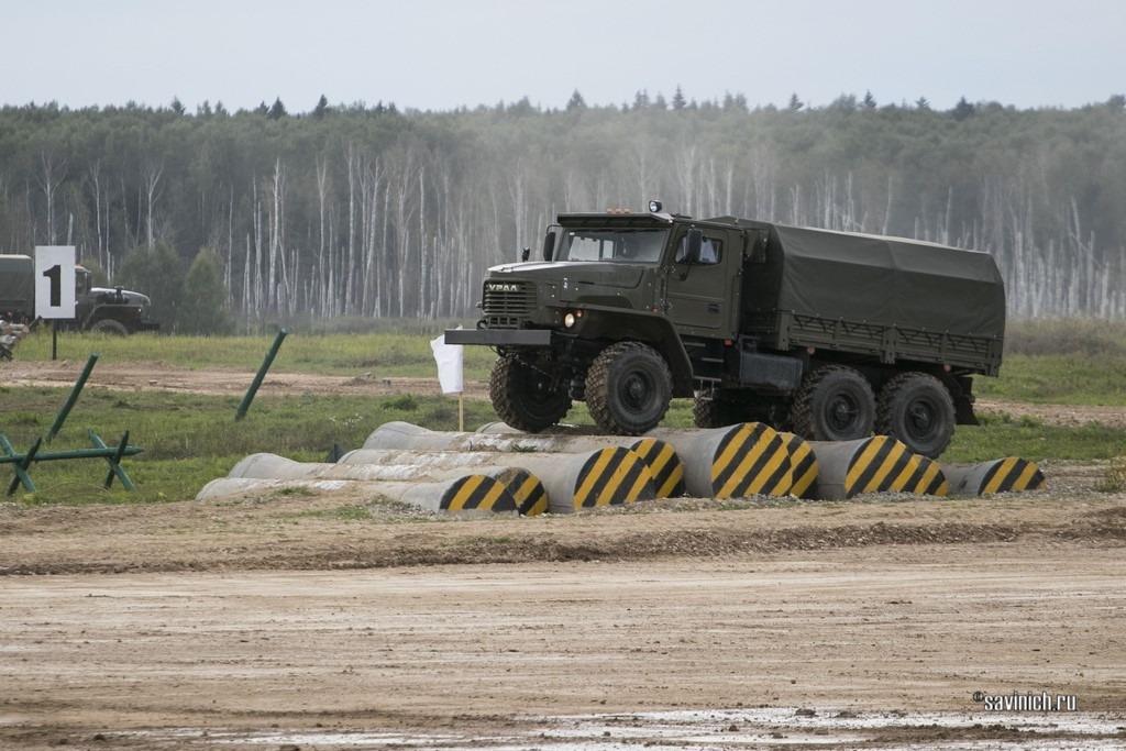 """Форум """"Армия 2021"""" Army2021. Военные автомобили"""